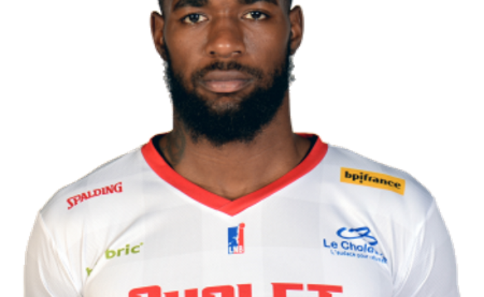 Michael Young nouvel ailier fort à Dijon